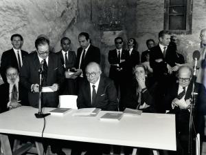 """Inaugurazione mostra """"Scultura italiana del nostro tempo"""" (1981)"""